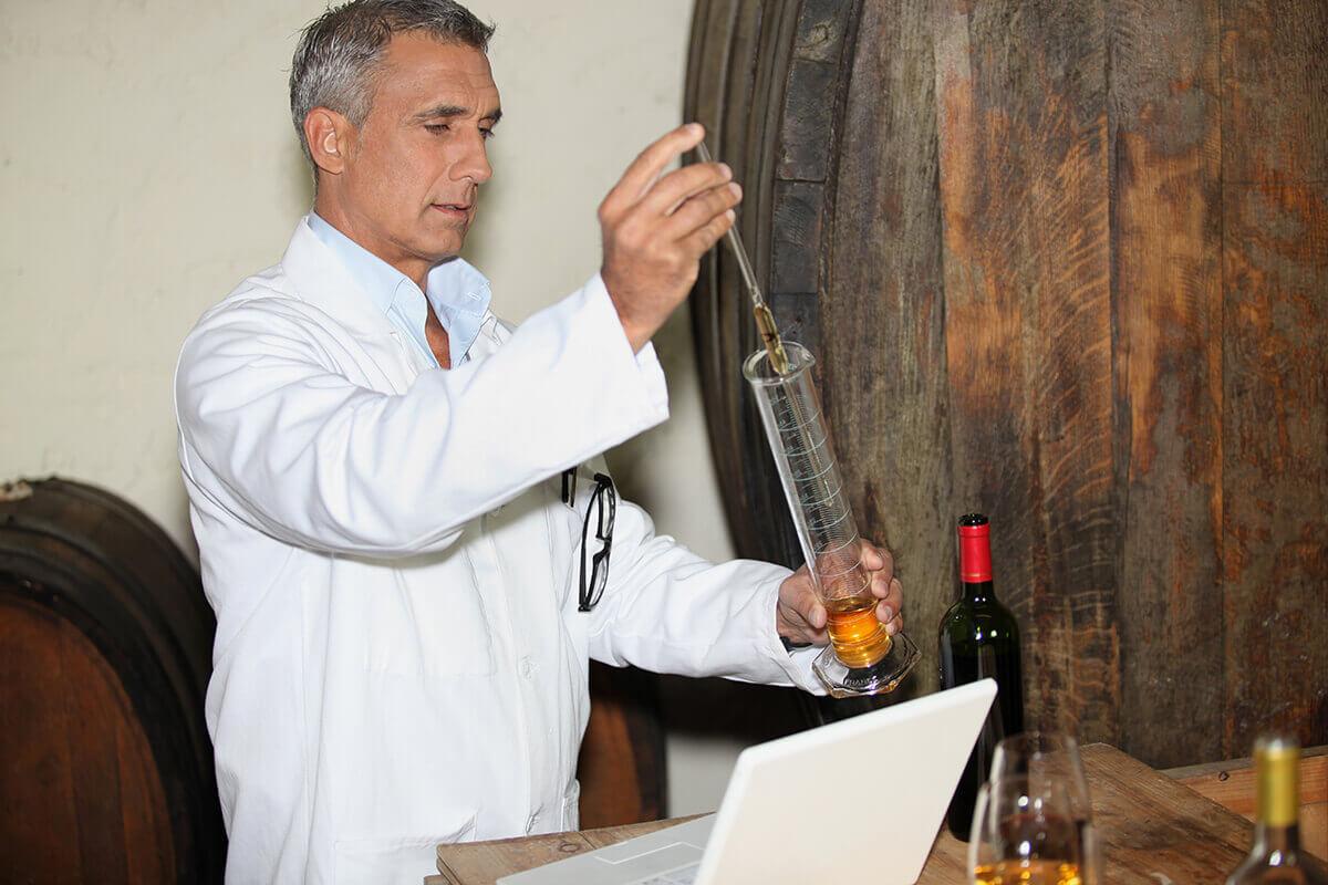 A bor savtartalma - avagy miért kell a sav a borba?